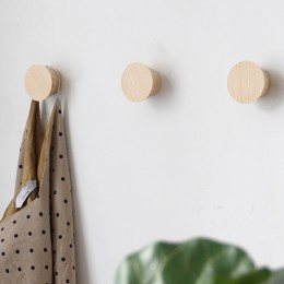 Haczyki do zawieszenia na ścianę okrągłe drewniane nowoczesne skandynawskie industrialne modne