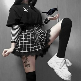 Czarne białe szorty w kratę kobiet szorty harajuku koronki wykończenia Chic koronkowe szorty Punk Gothic szorty Lolita kobiet St