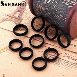 Modny czarny kolor ekologicznie silikonowe pierścionki rozmiar 5-9 miękkie elastyczne Punk Style pierścienie biżuteria dla kobie