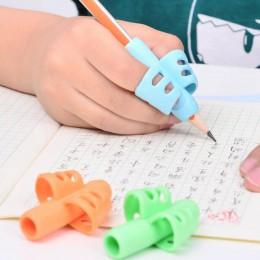 Dwupalcowa obsadka do pióra dzieci pisanie uchwyt do ołówka Pan praktyka uchwyt silikonowy, aby pomóc uczniom urządzenie do pozy