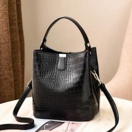 Skórzana elegancka torebka damska z rączką na pasku duża pakowna czarna bordowa brązowa granatowa