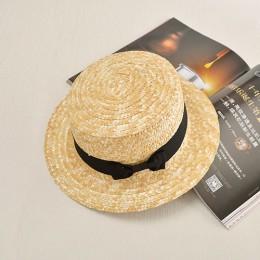 2016 letnie płaskie kapelusze przeciwsłoneczne dla kobiet chapeau feminino słomkowy kapelusz panama style cappelli boczne z koka