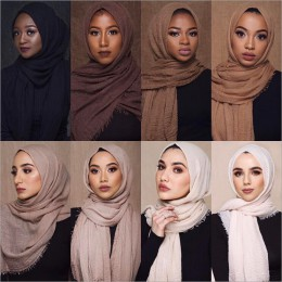 Cena hurtowa 70*180cm kobiety muzułmańskie marszczone hidżab szalik femme musulman miękkie bawełniane chusty hidżab muzułmański