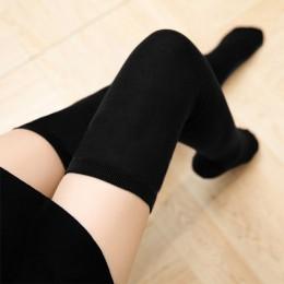Modne długie skarpety damskie młodzieżowe ciepłe wygodne ozdobne czarne białe bordowe beżowe z ozdobnymi paskami gładkie