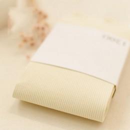 Nowa wiosna zima kobiety rajstopy w paski aksamitne wyroby pończosznicze w jednolitym cukierkowym kolorze Collants Femme standar